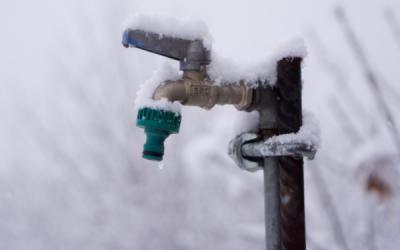Cómo evitar que las tuberías y contadores de agua se congelen